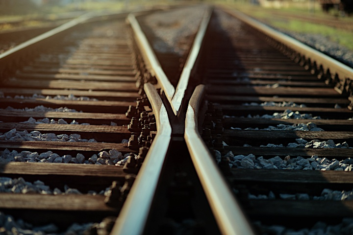 railway_decisions_shutterstock_708208342
